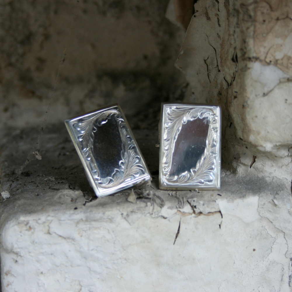 ENGRAVED RECTANGLE CUFF LINK (1 AVAILABLE)