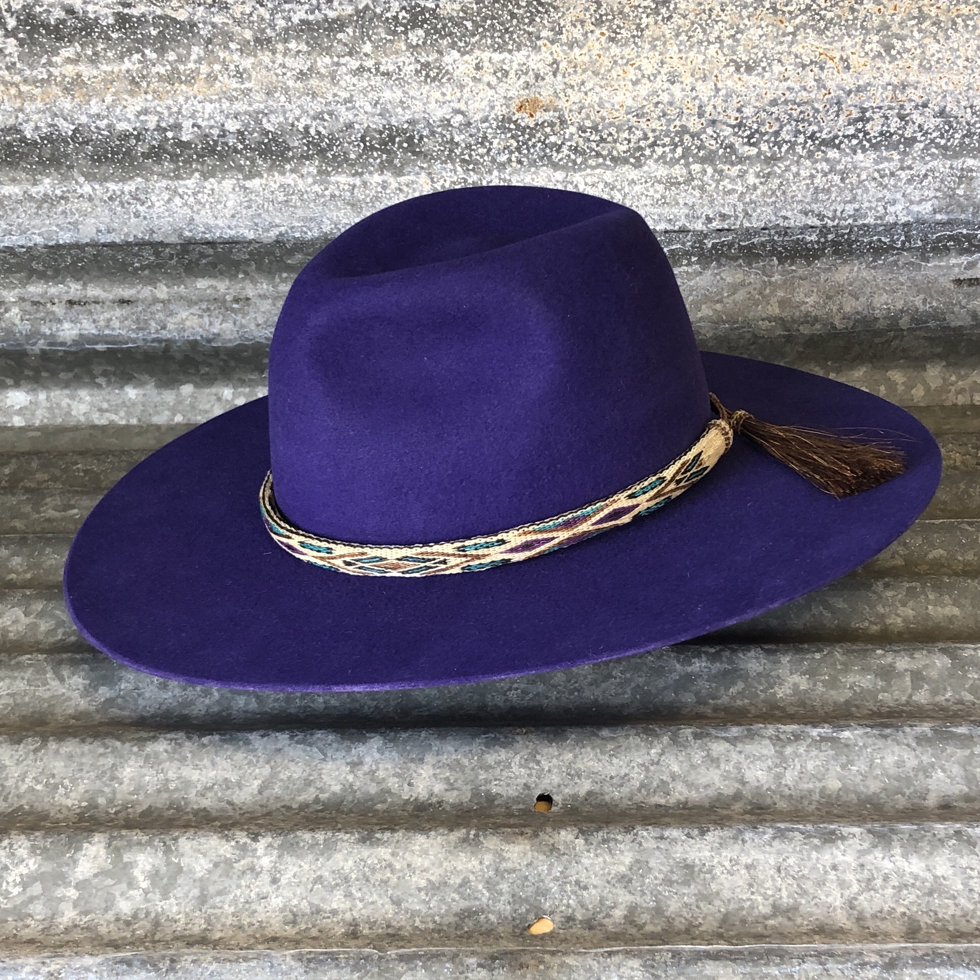 PURPLE BOSS WITH REVERSIBLE HORSE HAIR BAND
