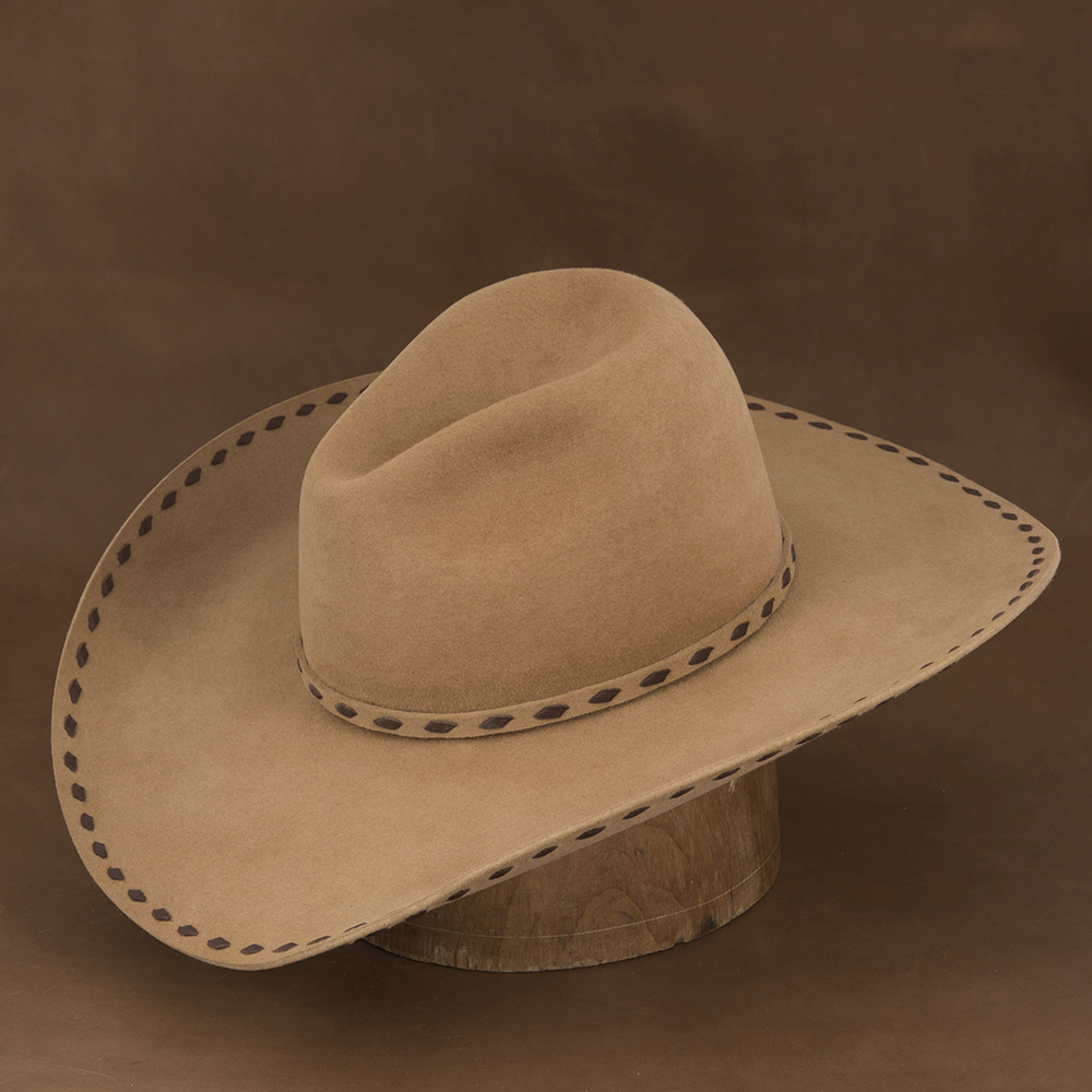 LOW GUS BELLY CURL CARMEL BROWN BUCK STITCHED