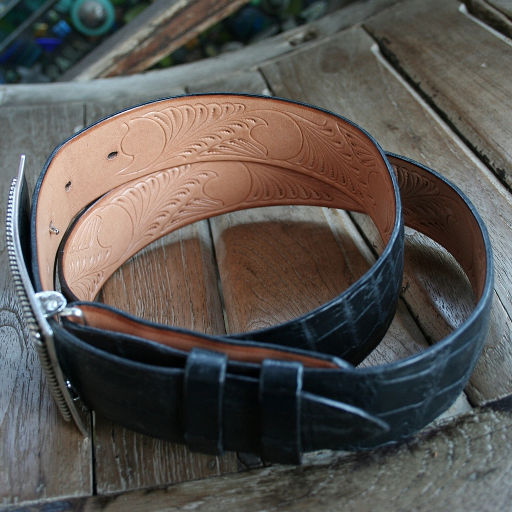 "1 1/2"" NILE BELLY BLACK MATTE BELT"