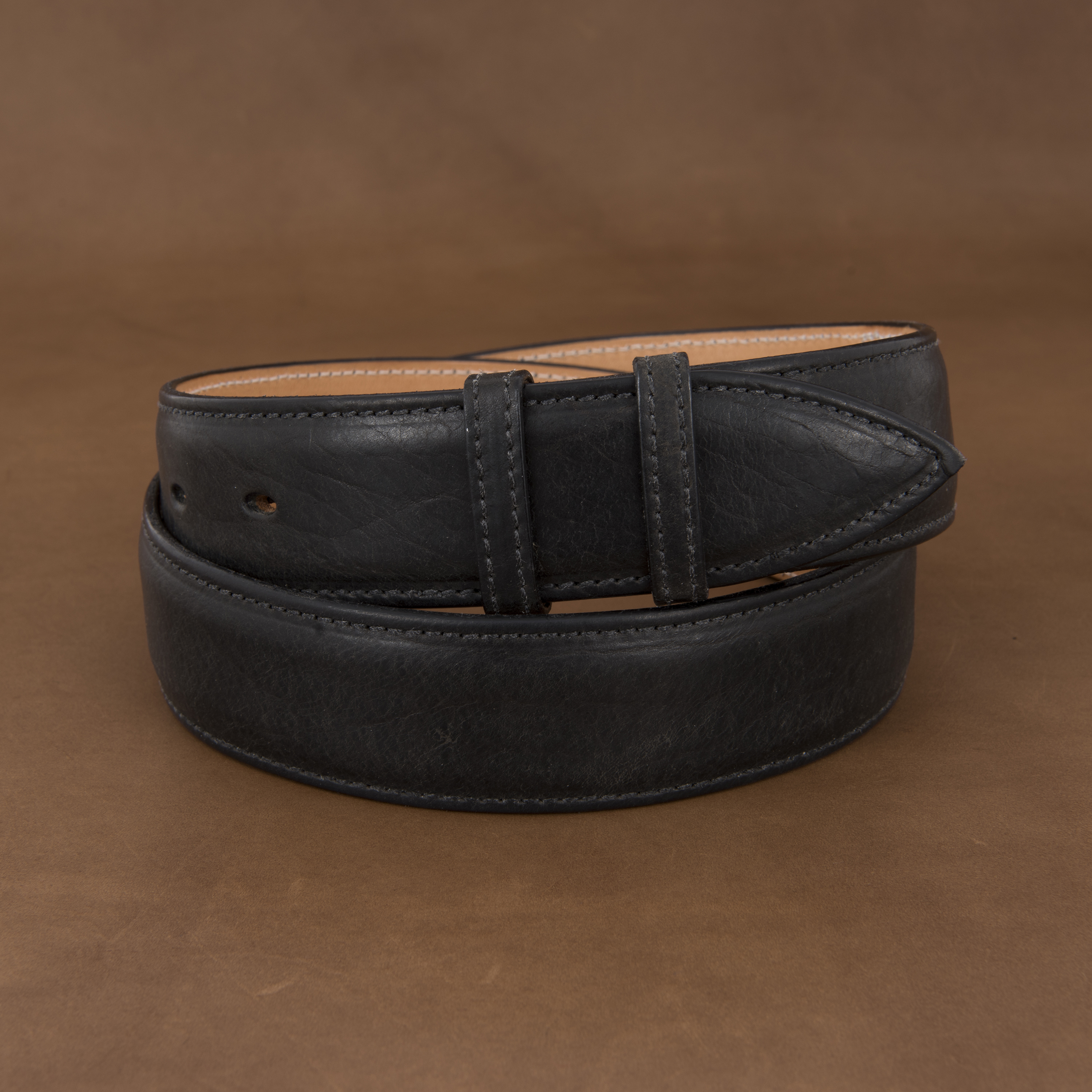 "1 1/2"" BLACK BISON BELT W/BILLETS"