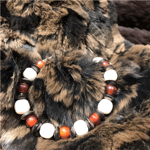 BROWN BONE/RED WHITE HEART BEAD BRACELET