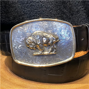 ENGRAVED COLT BUCKLE W/ 14K BISON